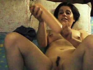 litle_portuguese_woman_big_pussy